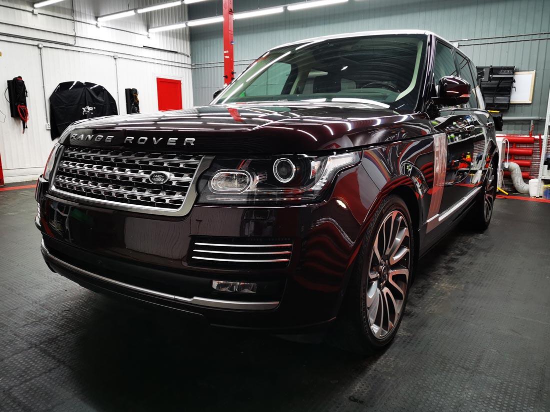 Range Rover Vogue: антигравийная пленка Spectroll ppf, USA; керамика Opti-Coat Paint Guard, USA