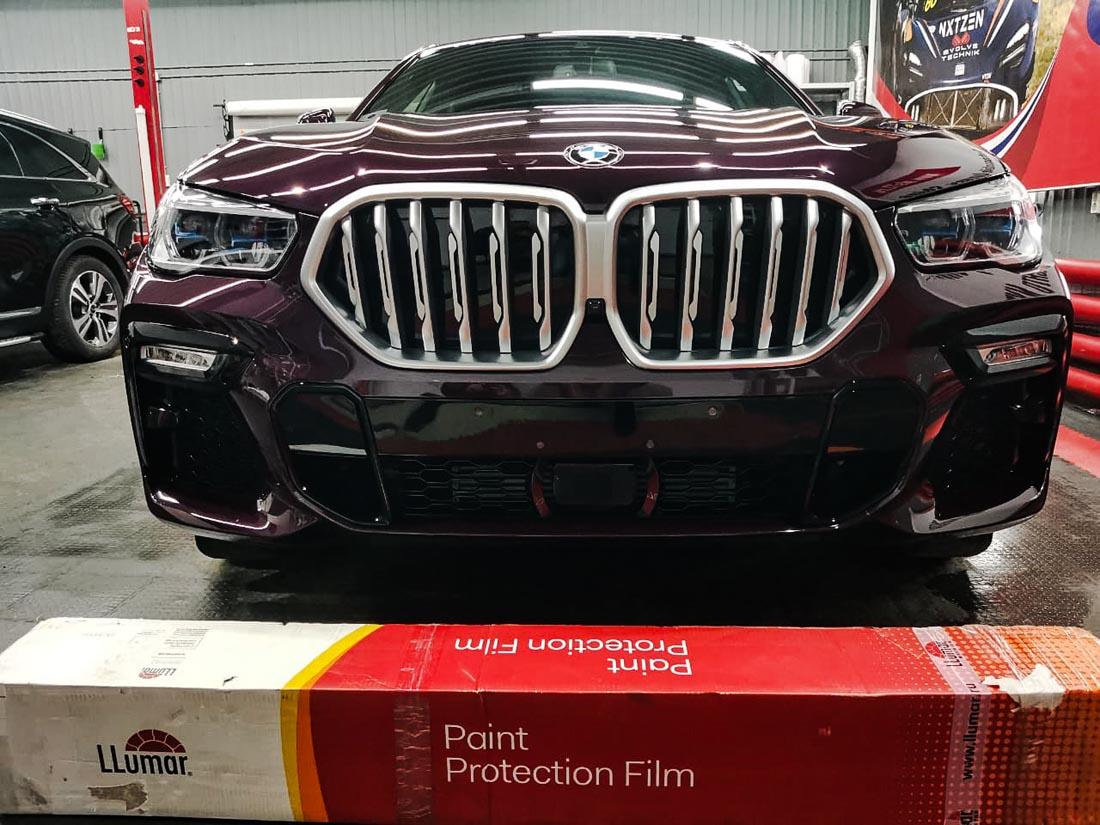 Новый BMW X6: антигравийная пленка Llumar Platinum (США) + керамика Opti-Coat (США)