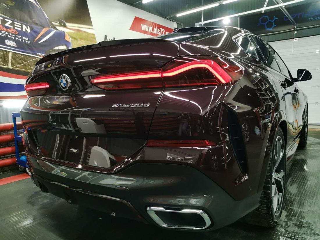 Новый BMW X6: керамика Opti-Coat (США) + антигравийная пленка Llumar Platinum (США)