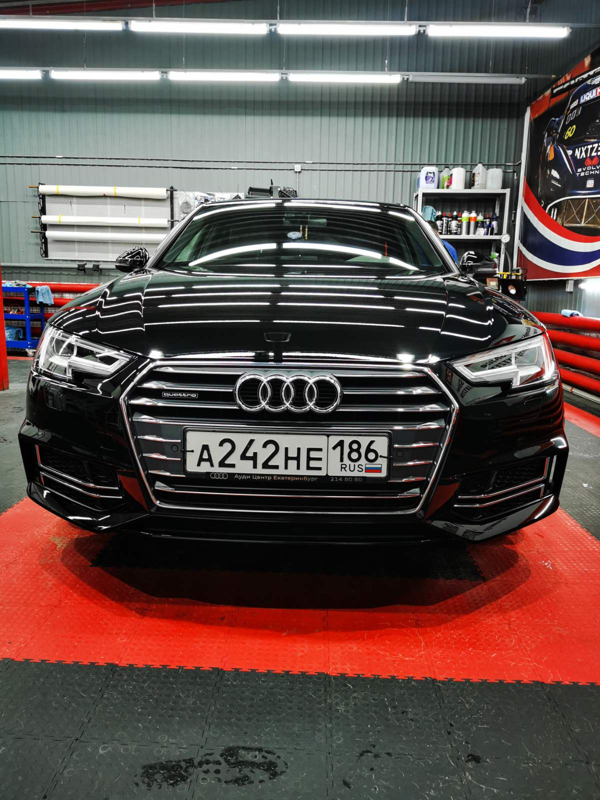 Полный комплекс Audi A4 S-LINE: Шумоизоляция Антигравийная пленка Керамика Opti-Coat