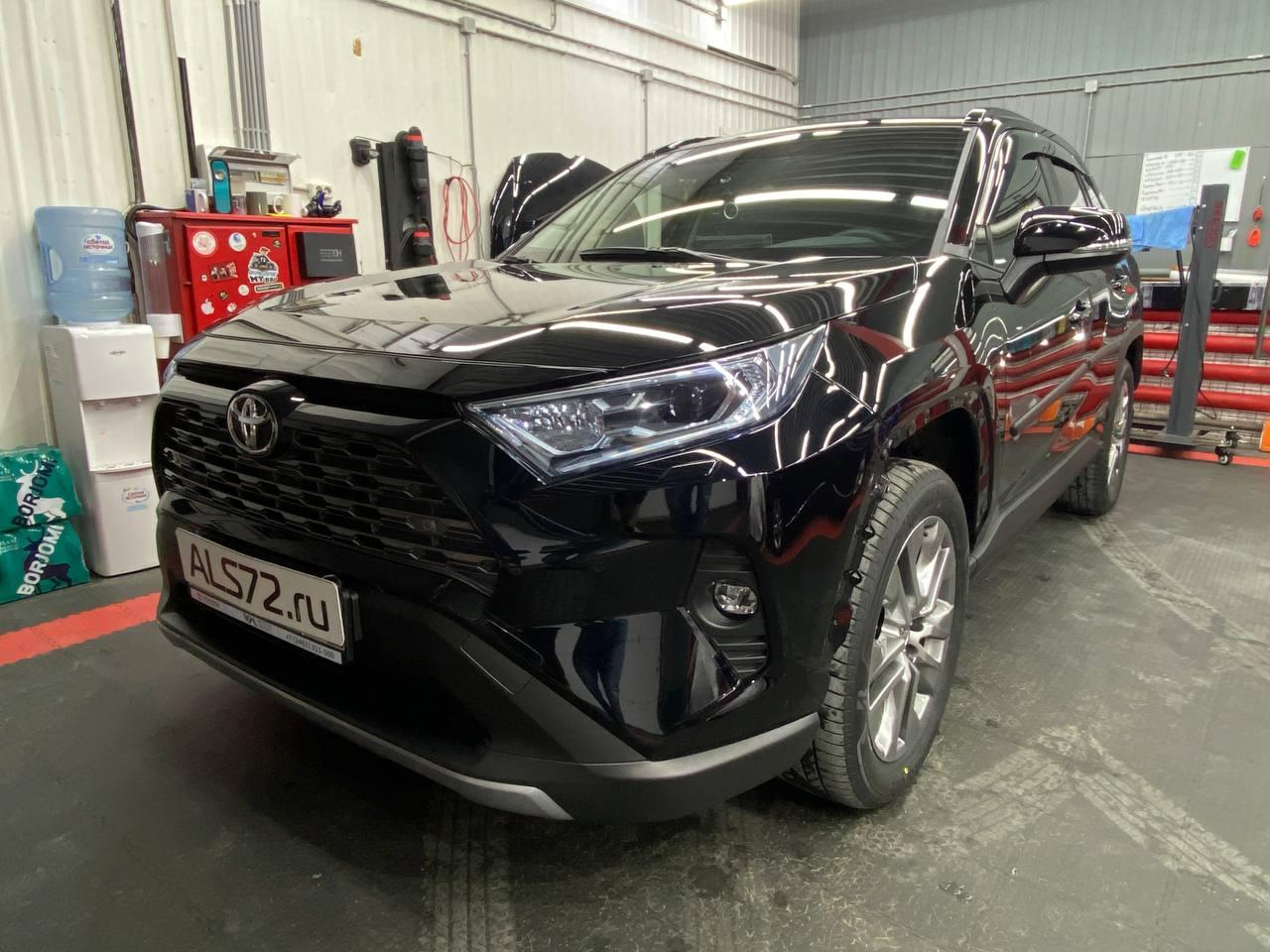 Новый Toyota RAV4: полная шумоизоляция