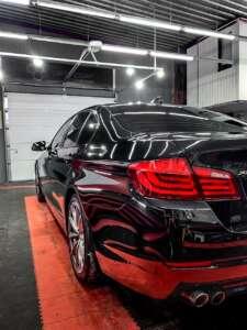 BMW 5: полировка, керамика, химчистка салона