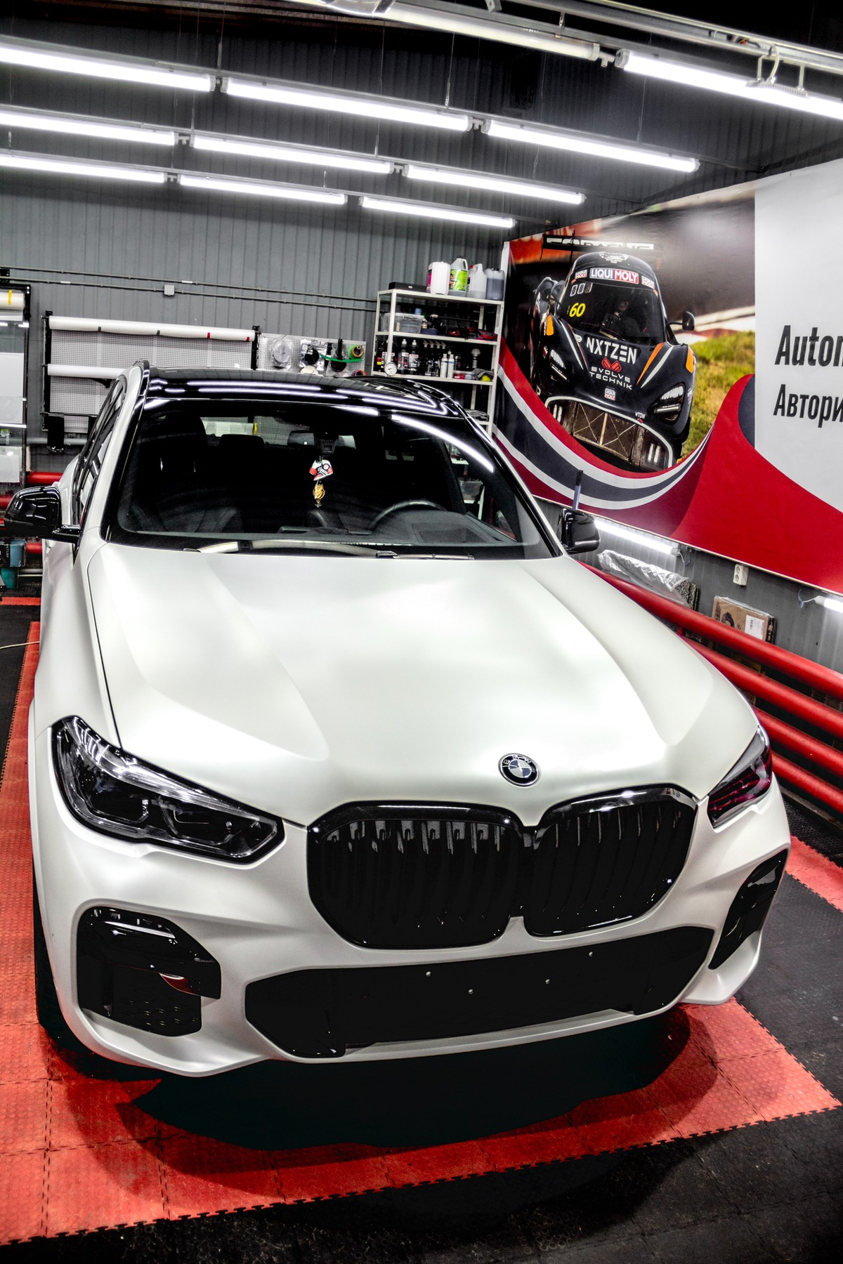 Детейлинг перламутрового BMW X5 Тюмень - детейлинг-студия «ALS»